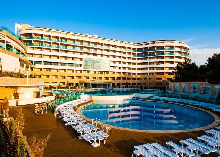 Waterplanet Hotel