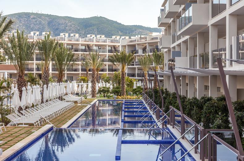 swim-up kamer Spanje